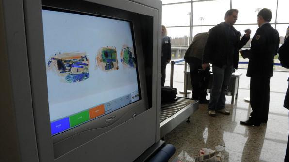 Rusia a interzis orice lichide la bordul avioanelor