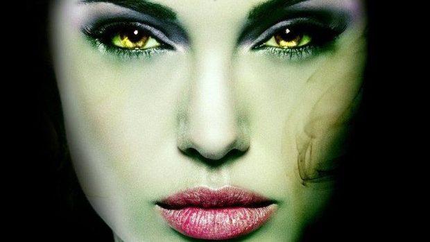 (video) Cum arată frumoasa Angelina Jolie în filmul Disney – Maleficent