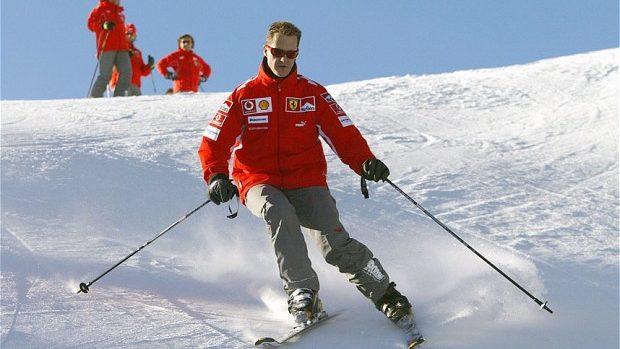 Fanii Formulei 1 din Moldova îl susțin pe Michael Schumacher