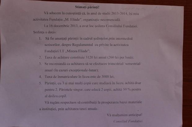 "Anunț de la liceul ""Mircea Eliade"" PC: Cornelia Cozonac"