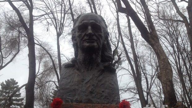(foto,video) Cinci ani fără poetul Grigore Vieru