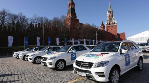 (foto) Sportivii ruşi care au luat medalii la JO de la Soci au primit câte un Mercedes