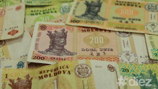 (grafic) Salariile moldovenilor au crescut cu 3,5% în 2013. Angajaţii din sfera financiară încasează cele mai mari lefuri