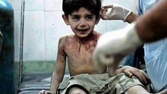 Război în Siria – ultimele cuvinte ale unui băiețel de 3 ani pe patul de moarte