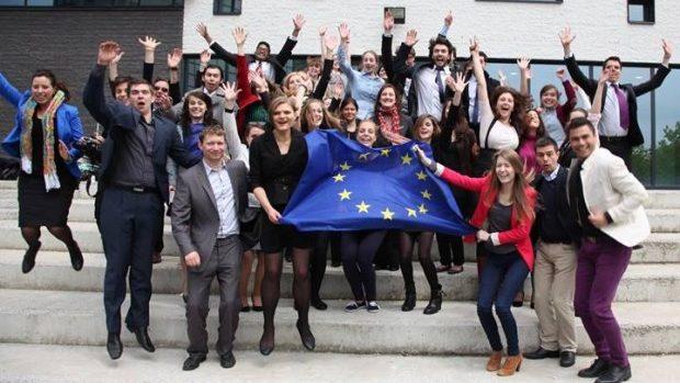 Forumul European de Tineret lansează o nouă platformă online