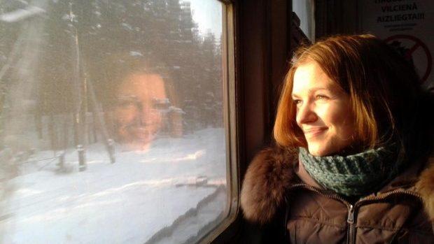 Prima moldoveancă pe Trevolta: Cristina vrea să-şi ajute mama să călătorească