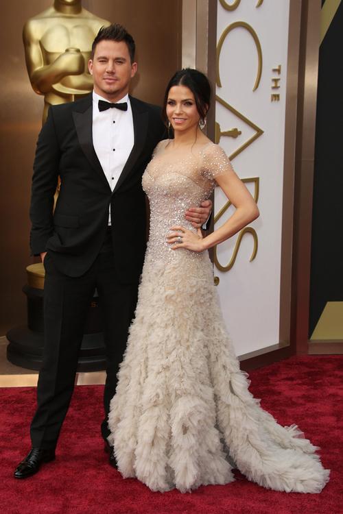 Channing Tatum (în Gucci) şi soţia lui, Jena Dewan Tatum (Reem Acra), sunt întotdeauna o apariţie glamourous.