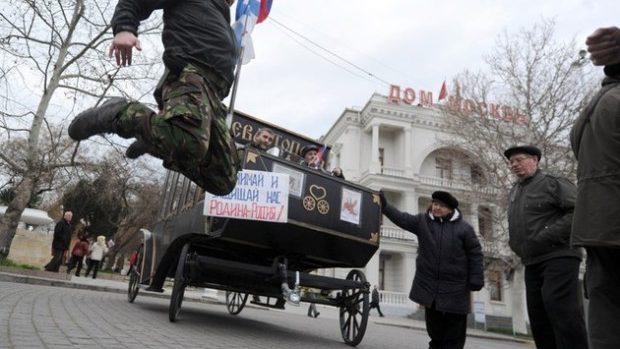 "Premierul ucrainean: Rusia ar fi racolat ""militanţi"" din Transnistria pentru a destabiliza Ucraina"