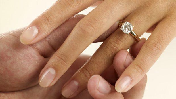 (video) Tradiționalul inel de logodnă cu diamant este doar un artificiu publicitar