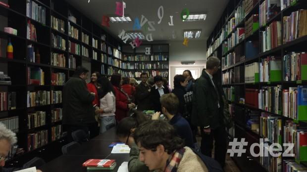 (foto) La Chișinău a fost deschisă Sala de literatură în limba engleză