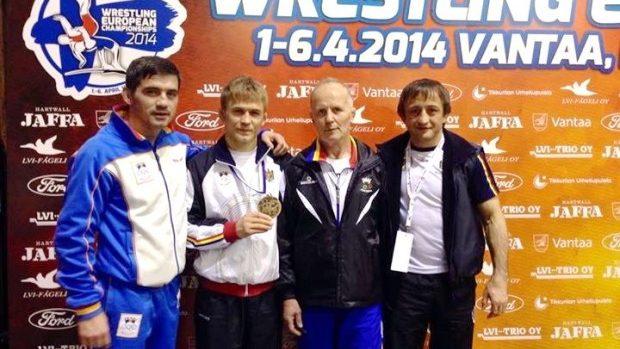 Pentru prima dată Moldova a obţinut 3 medalii la Campionatul European de lupte libere