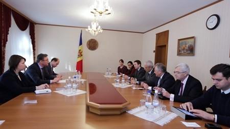 Igor Corman a avut astăzi întrevedere cu 3 ex-președinți aflați în vizită în Moldova
