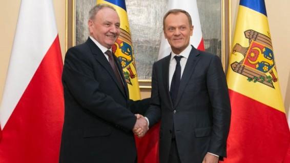 Nicolae Timofti a avut o întrevedere cu prim-ministrul Poloniei