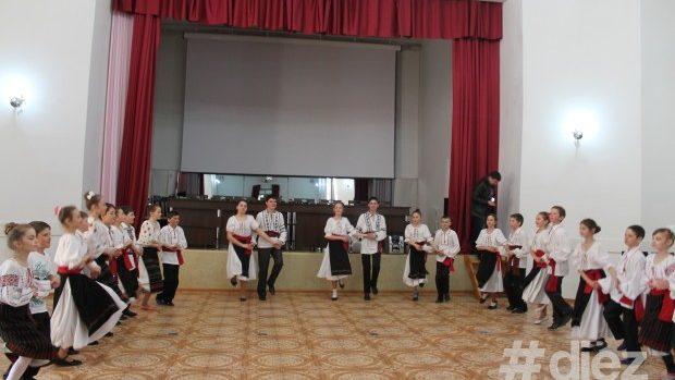"""(foto) Cultura satului Băhrinești a fost readusă la viață în cadrul proiectului """"Intersecții culturale"""""""