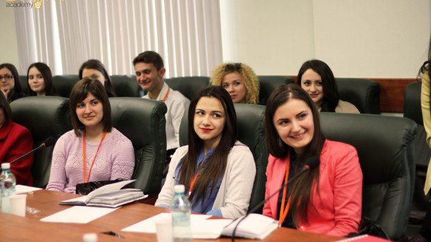 (foto) Proiectul pentru tineri Bright Academy a fost lansat cu succes