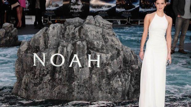 (foto) Emma Watson spectaculoasă în alb