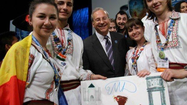 (foto, video) Patru elevi moldoveni participă la un concurs internațional de invenții în America