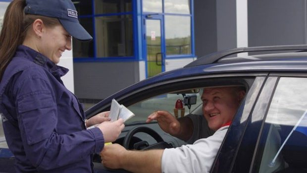 În decursul unei luni, 36 mii de moldoveni au mers fără viză în UE