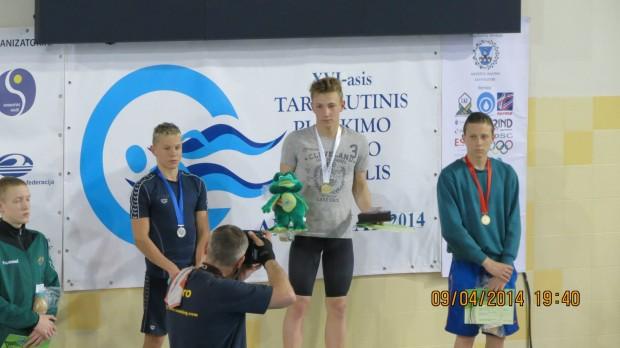 Moldoveanul Vladimir Cozac a devenit campion de nataţie la un turneu din Lituania