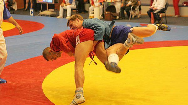 Patru medalii pentru sportivii moldoveni la Campionatul European de Sambo