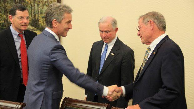 Senatorii din SUA au discutat despre sporirea investițiilor în economia Moldovei