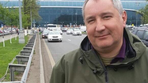 Rogozin a ajuns la Moscova la bordul unui curse regulate