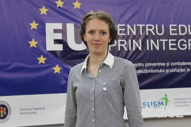"""La USM a fost lansată campania: """"EU pentru educație prin integritate"""""""
