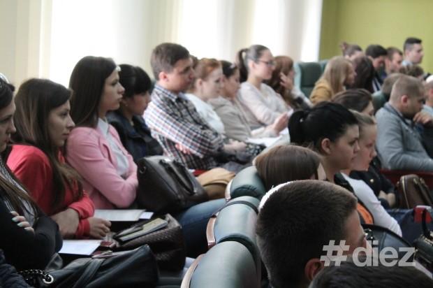 Tinerii și-au exersat talentele de oratori la Oratorul USM 2014