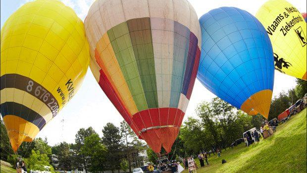 (foto) În acest weekend, cerul a fost colorat de Festivalul Internațional al Baloanelor cu Aer Cald