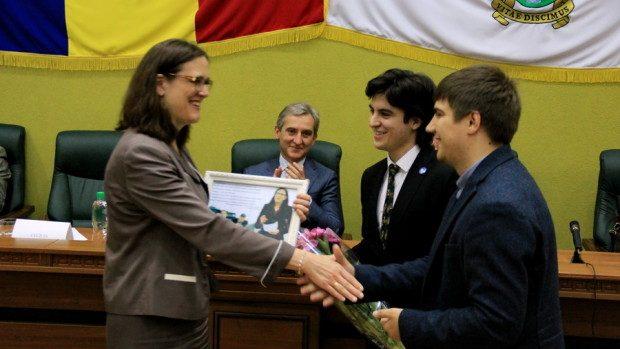 (foto) Cecilia Malmström a susținut astăzi o prelegere publică studenților moldoveni
