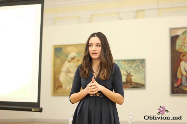 Marina la o prezentare LeaderShe PC: Facebook/Arhivă personală