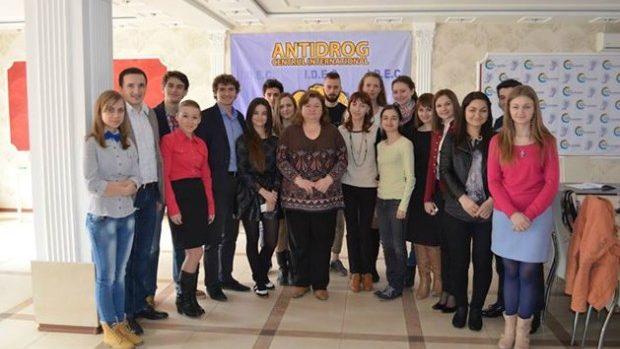 Tinerii jurnaliști pot participa la ateliere privind jurnalismul de investigație