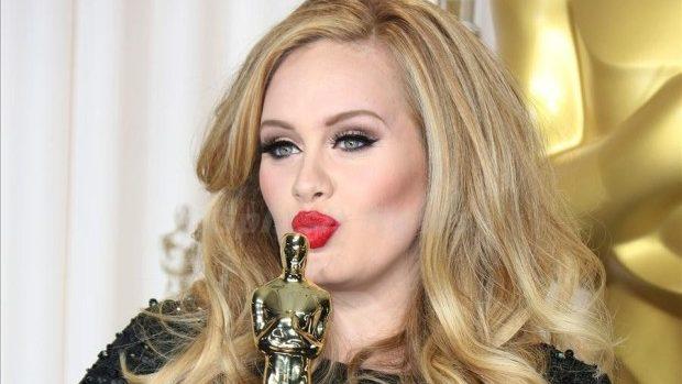 Google Search: Adele este Regina internetului în anul 2015