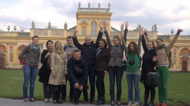 Studenții pot merge la vizite de studiu în Polonia