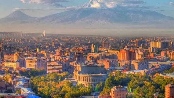 Tinerii pot participa la un program de schimb intercultural în Armenia