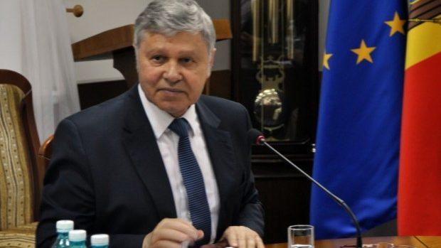 """Ion Ababii a fost reales în postul de rector al USMF """"Nicolae Testemițanu"""""""