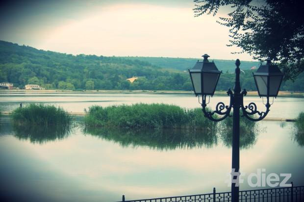Lacul din parcul Valea Morilor