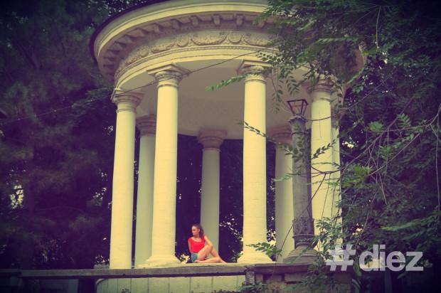 Yoga la Rotonda din parcul Valea Morilor
