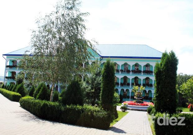 Biserica pentru călugări.