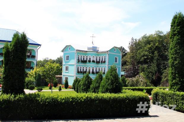 Mănăstirea Bănceni.