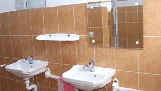 12 școli din suburbia Capitalei nu au blocuri sanitare în interiorul instituțiilor