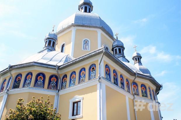 Una dintre biserici.