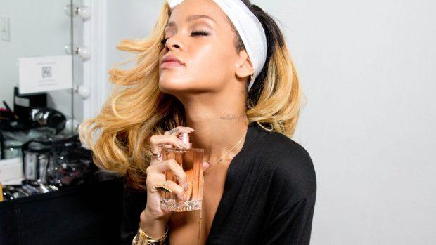 Rihanna va lansa anul acesta primul parfum dedicat bărbaților