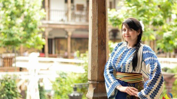 """Diana Costaș: Vreau să """"adopt"""" un boboc pentru a-i putea facilita integrarea în societatea românească"""