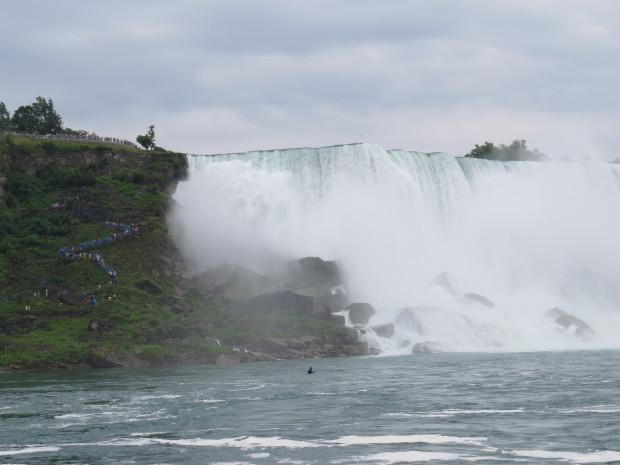 """Cascada Niagara: """"Vălul Miresei"""" PC: Dumitru Roman"""
