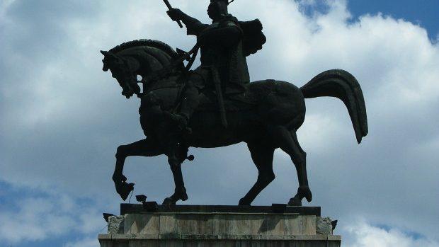 La Hâncești va fi inaugurat cel mai înalt monument a lui Ștefan cel Mare