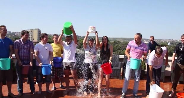Hospice Angelus Moldova a primit donații de 104.880 lei datorită la Ice Bucket Challenge