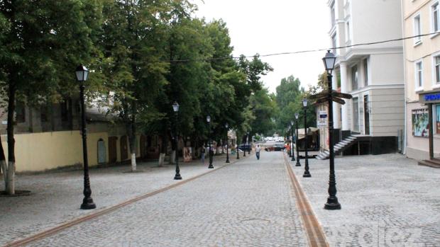 Prima petrecere pe strada pietonală va avea loc duminică