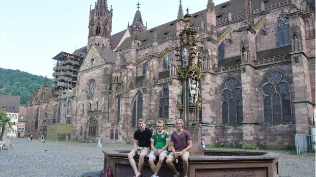 Burse de studii pentru dezvoltare postuniversitară în Germania