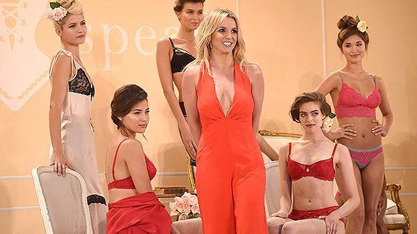 """(video) Britney Spears și-a lansat colecția de lenjerie intimă """"The Intimate Britney Spears"""""""
